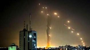 Chuva de mísseis nos céus de Israel