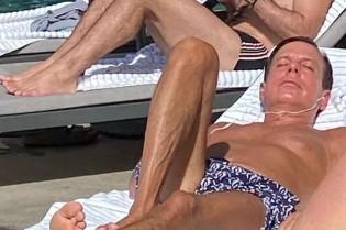 O repugnante momento de lazer do cara que colocou a PM para agir contra os cidadãos em praias e praças