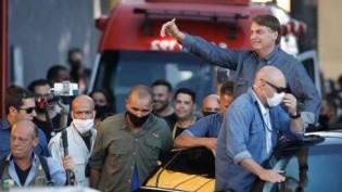 Bolsonaro é ovacionado pelo povo e recebido com grande festa em Goiás (veja o vídeo)