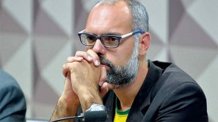 Bandidos ameaçam de morte a família de Allan dos Santos