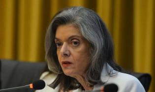 Cármen Lúcia quer explicações do Exército sobre sigilo no caso do General Pazuello e dá prazo de 5 dias ao Ministério da Defesa