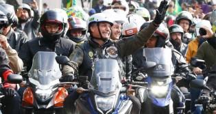 AO VIVO: Motociclistas com Bolsonaro em Porto Alegre (veja o vídeo)