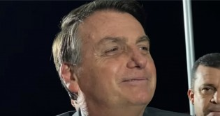 """Bolsonaro volta a bater forte em CPI e detona opositores: """"Ser acusado de corrupção pelo Renan Calheiros é brincadeira""""! (veja o vídeo)"""