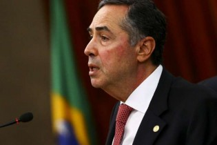 A nação tem o direito de exigir o expurgo sumário desse ministro menor do que seu cargo e função