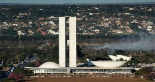 Casa da luz vermelha: Brasília segue vivendo de chantagens, subornos, traições e armadilhas (veja o vídeo)