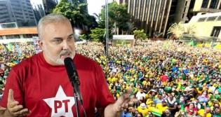 "Hang escancara repulsa de senador petista pelas cores ""verde e amarelo"" (veja o vídeo)"