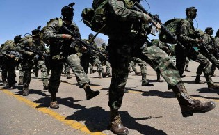 Por gestos obscenos contra militares, técnica de enfermagem é condenada a 7 meses de detenção pelo STM