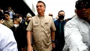 Ida de Bolsonaro à PF é movimentação tática e um balde água fria na oposição