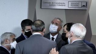 """Renan """"traiu"""" o G7"""