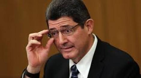 Levy diz que indicadores do 3º trimestre sinalizarão melhora da economia