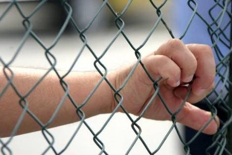 Relator quer referendo para chancelar redução da maioridade penal