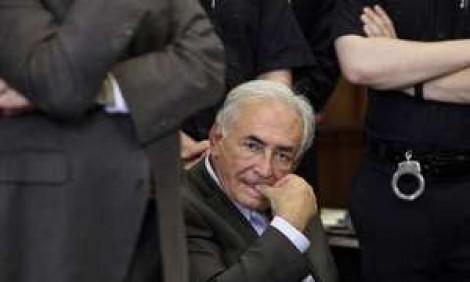 Ex-chefe do FMI é absolvido de acusações sobre escândalo sexual