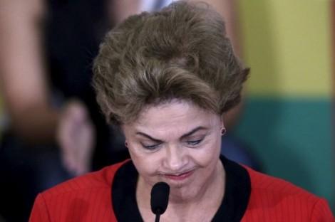 Pressionada, Dilma desiste da CPMF