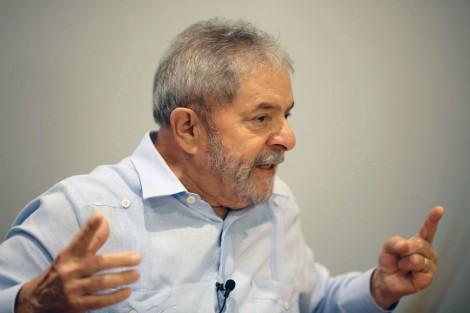 Lula diz que não tem medo de ser preso, que FHC sofre com o seu sucesso e que pode ser candidato em 2018