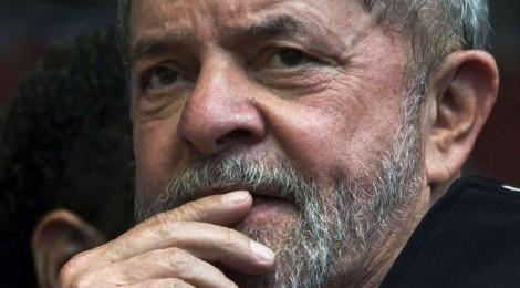 Lula, indignado, diz que impeachment é 'leviandade' e 'gesto de insanidade' (assista ao vídeo)