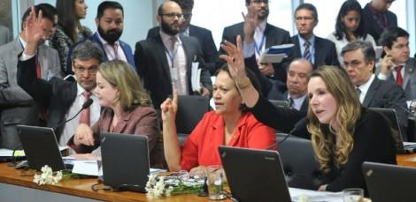O contorcionismo dos soldados de Dilma Rousseff