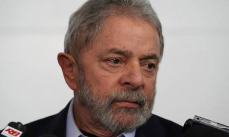 Força tarefa da Lava Jato prepara três denúncias contra Lula