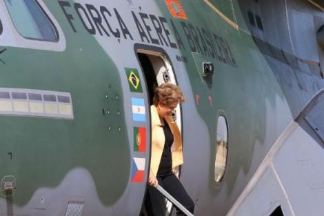 Justiça decide e Dilma está livre para voar em aviões da FAB