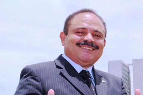 Maranhão arma para permanecer mais um 'tempinho' como presidente