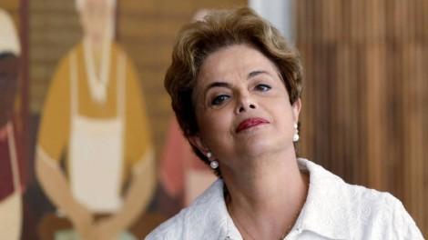 Desconectada, Dilma diz que inflação cai por ação do seu governo
