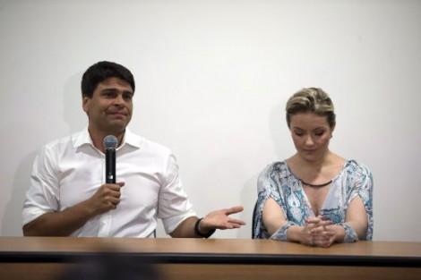 Candidato de Paes no Rio não decola
