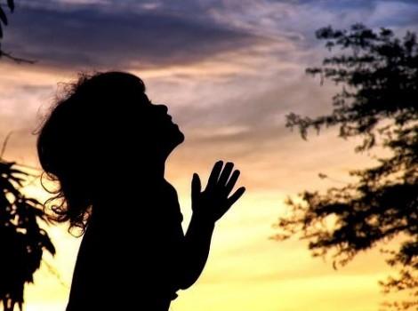 A prece altera os desígnios de Deus?