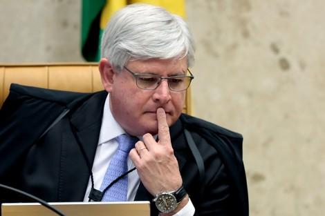 Janot desmoraliza defesa de Lula e devolve aos autos a frase 'embaraça as investigações'