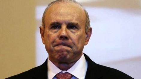Guido, permanece solto, mas está proibido de trabalhar como funcionário público por 5 anos
