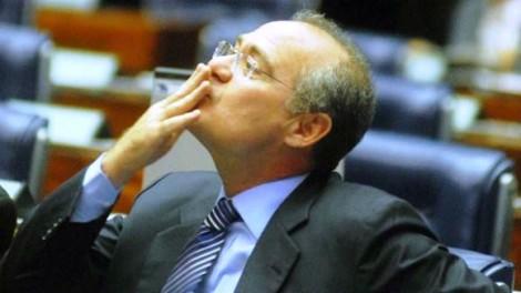Esse malandro, queiram ou não, é no momento, o homem mais poderoso do Brasil