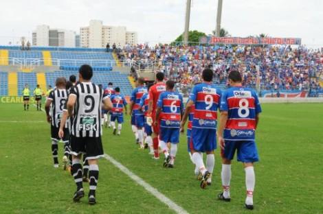 Governo doa a clubes de futebol: A sociedade cearense penalizada e os clubes protegidos, a quem recorrer?