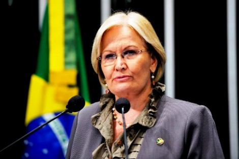 Senadora destemida esmaga golpe do projeto da Lei de Abuso de Autoridade
