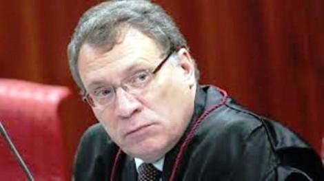 Ciúmes e inveja fazem Aragão, ex-ministro da Justiça de Dilma, atacar Dallagnol
