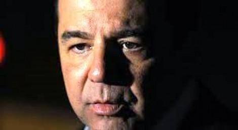 Choro, medo e depressão estão destruindo Sérgio Cabral Filho