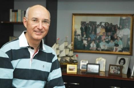 Ele defende a submissão da mulher ao homem e é um dos favoritos ao posto de ministro do STF
