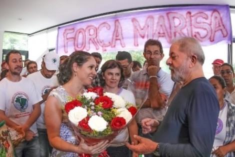 PT e Lula transformam AVC de Marisa em discurso político (veja o vídeo)
