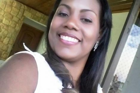 Médica cubana vence na Justiça, fica no Brasil e agora quer salário integral