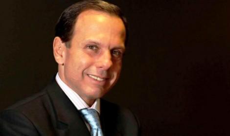 Alckmin precisa demonstrar grandeza e desistir do sonho presidencial. O momento é de Dória