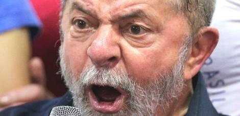 Lula sacou R$ 13 milhões da conta da propina em dinheiro vivo