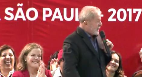 Em 'piada', sob risos de petistas, Lula deixa transparecer o sonho ditatorial