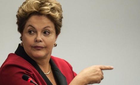 Em mais uma demonstração de 'inteligência', Dilma descobre a causa da corrupção (veja o vídeo)