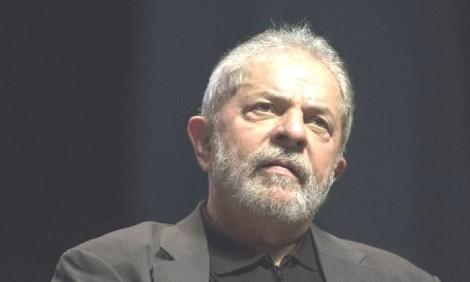 A reação de Lula e a podridão política