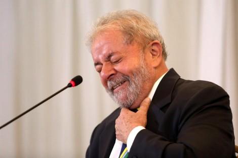 Lula, criminoso, medíocre e rasteiro, publica fotos de Moro com o presidente da República