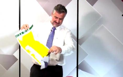 Paulo Pimenta assume dor de Rosário, cheira correspondência de Gentili e dá a resposta (veja o vídeo)