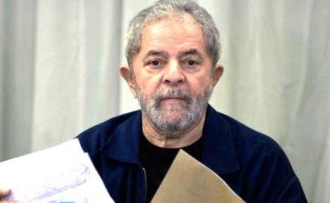 Lula dispara em pesquisa e vence Aécio, Joesley, Odebrecht, Cabral e Cunha