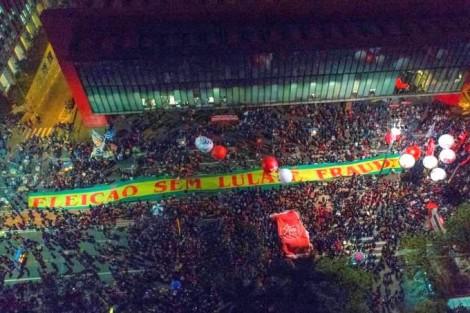 Ato do PT em São Paulo é um fiasco e militantes desistem de 'vaquinha' pró Lula
