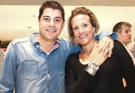 Após postagem na Web, esposa de Evaristo Costa é achincalhada por internautas: 'velha, feia'