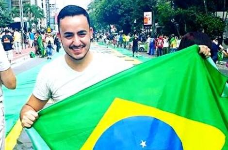 Na invasão da Câmara de São Paulo, quem pensa diferente é expulso por manifestantes (veja o vídeo)