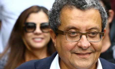 Para sanar dificuldades financeiras, marqueteiro pede o desbloqueio de 'apenas' R$ 22 milhões