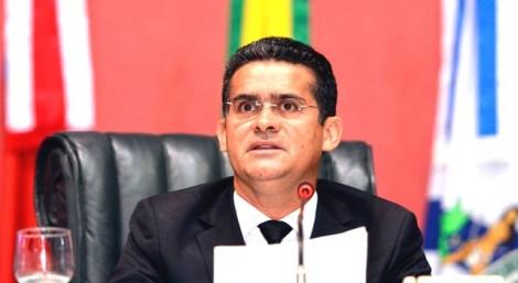 Governador interino, empossado há poucos dias, já está envolvido em escândalo de corrupção (veja o vídeo)