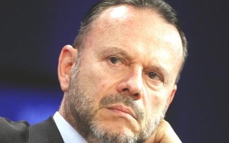 Na hora do embate petistas abandonam parceiro em CPI da JBS